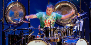 Carl Palmer's ELP Legacy az A38-on